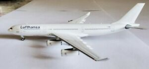 Panda Models Lufthansa Airbus A340-200 F-GNIB 1:400 PM19024 ALL White Livery
