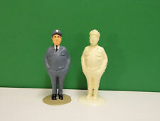 G  Or 1/24-1/25 scale  #1060  Figure UNPAINTED Resin- NO MINNESOTA SALES