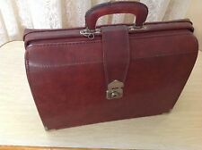 VINTAGE MEN'S LEATHER-LOOK BRIEFCASE - Good condition - Brown - One owner!