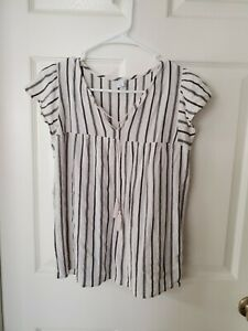 Old Navy Black and White Stripe Tie Front Shirt - Size S Small short sleeve