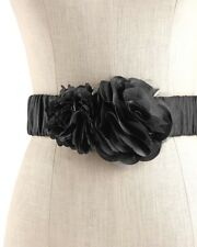 WHITE HOUSE BLACK MARKET Flower Stretch Belt - Black - M (8/10) - NWT
