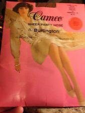 Very Vintage Cameo sheer Pantyhose medium suntan