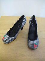 Ladies Shoes Irregular Choice black tartan & frill, UK 6 EU 39, unusual 3198