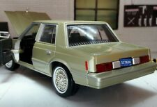 G LGB 1:24 Scale Dodge Aries K 1982 Motormax Detailed Diecast Model Car 73335