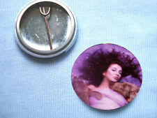 Kate Bush - The Hounds Of Love 25mm Badge