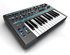 Novation Bass Station II -  Synth Analogico Tastiera 25 tasti