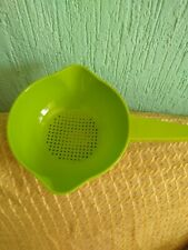 Tupperware Colander Strainer W/ handle GREEN 4 Cups New