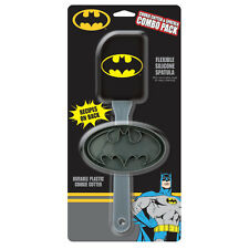 BATMAN - COOKIE CUTTER & SPATULA GIFT SET - BRAND NEW - 15933