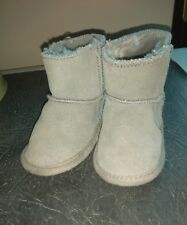 Mamas and Papa's Grey Faux Suede  Fur Baby Boots Age 12 - 18 Months Barely Worn