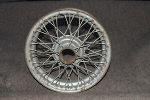 TRIUMPH TR4 WIRE WHEEL- 15 INCH, PAINTED
