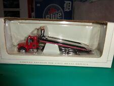 SpecCast Red Freightliner M2 With Car Carrier #35502 1:64 Scale New in Box