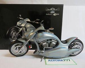 MINICHAMPS 1/12 HOLLISTER'S Excite 2003 SILVER Pearl Classic Bike Moto *NEW*