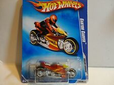2009 Hot Wheels #154 Orange Canyon Carver Motorcycle