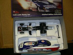 1/24 Action Whit Bazemore 1995 Dodge funny car Mobil 1 Racing
