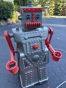 Vintage Ideal ROBERT THE ROBOT with remote control Instructions