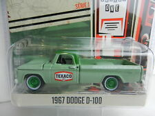 1:64 GreenLight *RUNNING ON EMPTY R1* TEXACO *GREEN MACHINE* 1967 Dodge D-100
