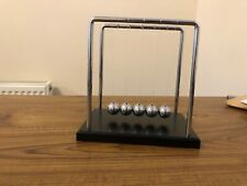 VINTAGE NEWTONS CRADLE BALLS PERPETUAL MOTION