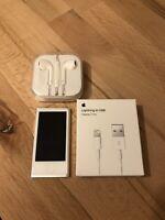 Apple iPod Nano 7th Generation Silver (16GB) see Description