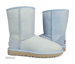 UGG Classic Short II Sky Blue Suede Fur Boots Womens Size 7 (DISPLAY MODEL)