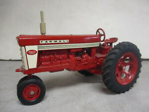 "Restored (1958) Ertl IH Farmall Model 560 ""Fast Hitch"" Toy Tractor, 1/16 Scale"