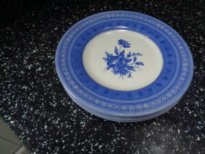 CHURCHILL OUT OF THE BLUE  SIDE PLATES X 4