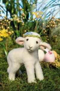STEIFF LITTLE LIA LAMB 007019 5.9 inches (15 cm) Plush Wool - NEW for 2021