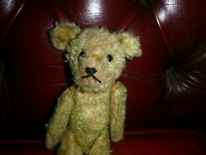 VINTAGE 10 INCH STRAW FILLED BEAR WITH WORKING SQUEAKER FULLY JOINTED ? 1940'S