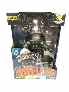NEW Forbidden Planet Walking Talking Robby The Robot-Light And Sound Figure