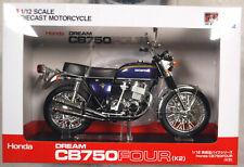 Honda CB 750 Four K2 Purple Metallic Fertigmodell 1:12 Aoshima 106594
