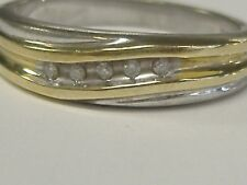 10 K GOLD/STERLING SILVER   0.05 CT DIAMONDS BAND SIZE 7