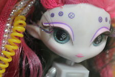 Novi Stars Curl N' Coil Doll - Tily Vizon RARE HTF USA Discontinued. LAST ONE