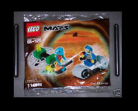 VINTAGE LEGO 1195 LIFE ON MARS 2 SPACE ALIEN ENCOUNTER MARTIAN VEHICLES - NEW