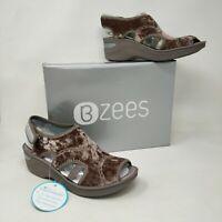 New with box!! Women's Bzees Drama Mauve Velvet sandal  E9312F6651 18L