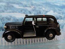 1/43 SMTS (England) Austin FX3 Taxi cab  white metal