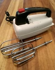 Vintage Westinghouse Electric Handmixer PM-5511 With Beaters & Good Cord Works