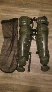 """NIKE Men's Vapor Baseball Catchers Leg Shin Guards Size 17"""" PBP616 953 NWT $350"""