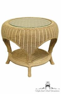 PENNSYLVANIA HOUSE Cream / Off White Wicker Accent End Table w. Glass Top