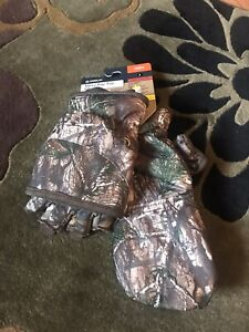 Realtree Fleece Hat And Megellan Hunting Gloves-L