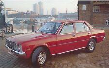 Toyota Corona 2000 Saloon Estate 1975-77 original UK Sales Brochure