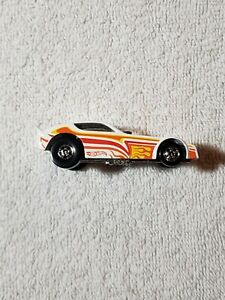 HOT WHEELS THE HOT ONES 77 PLYMOUTH ARROW