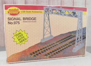 MODEL POWER (975)  DOUBLE TRACK SIGNAL BRIDGE with LIGHTS ON BOTH SIDES