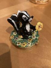 New ListingLimoges Trinket Box Artoria Peint Main France - Disney Daisy Skunk with Flower