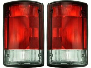 For 1995-2002 Ford E250 Econoline Tail Light Assembly Set 95533MG 1996 1997 1998
