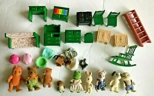 Calico Critters Sylvanian Families Lot of Animals and Furniture Frog Pig Fox MOR
