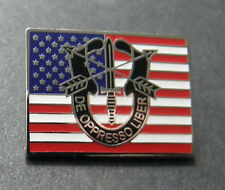 ARMY SPECIAL FORCES DE OPPRESSO LIBER LAPEL HAT PIN 1 INCH US USA