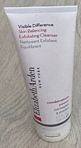 Elizabeth Arden Visible Difference Exfoliating Cleanser 125ml FULL SIZE