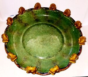 """LARGE MAJOLICA STYLE CENTER BOWL 12 LUCKY FROGS 12"""" ACROSS"""