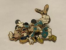 2005 Disney Pin - Limited Edition LE 500 - Mickey Mouse Goofy & Donald Football