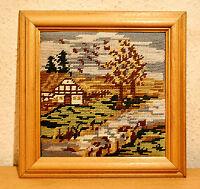 Stickbild,Landschaft,Handarbeit,im Holzbilderrahmen mit Aufhängung