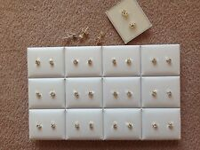 JOB LOT-24 pairs of 0.4cm crystal rhinestone diamonte stud earrings.Silver plate